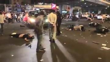 Sài Gòn: Xe sang BMW do nữ tài xế say xỉn điều khiển đâm thương vong hàng loạt người đi xe máy