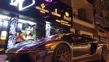 Sau khi bán Lamborghini Huracan, doanh nhân Hà Nội tậu siêu xe Lamborghini Aventador mui trần