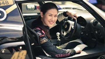 Hot girl đường đua Leona Chin sẽ đến Việt Nam biểu diễn drift vào ngày 3/11 tới đây