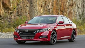 Honda Accord 2019 được tung ra thị trường với giá rẻ hơn Toyota Camry và Nissan Altima