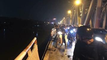 Vụ ô tô lao xuống sông Hồng: Cho ô tô đi làn xe máy là sai thiết kế