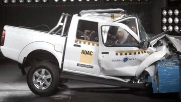 Xe bán tải của Nissan bị đánh giá thấp về an toàn