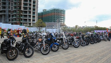 Mãn nhãn với dàn xe hơn 400 chiếc mô tô phân khối lớn quy tụ tại TP. HCM