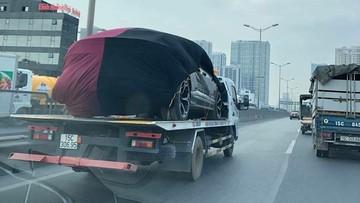 Siêu SUV Lamborghini Urus thứ 2 tại Việt Nam đang trên đường vận chuyển về Hà Nội