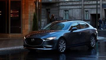"""Mazda3 2019 """"hiện nguyên hình"""" trước ngày ra mắt với thiết kế """"lột xác"""" từ trong ra ngoài"""