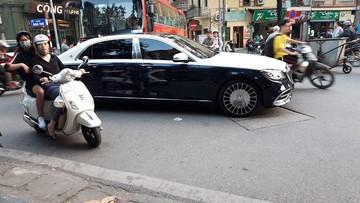 Xe siêu sang Mercedes-Maybach S560 hơn 11 tỷ đồng màu cực độc của em trai Ngọc Trinh