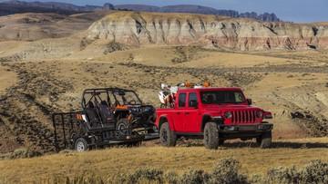 Jeep Gladiator 2020 chính thức gia nhập phân khúc bán tải cỡ trung: Có thể tháo lắp mui như xe mui trần