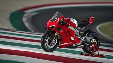 Ducati khiến người dùng phấn khích với siêu mô tô Panigale V4R trang bị sẵn côn khô