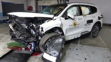 Hyundai Santa Fe 2019 và BMW X5 2019 mới ra mắt đã bị phát hiện lỗi