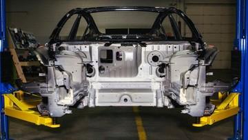 """""""Giải phẫu"""" Tesla Model 3 cho thấy đầy lỗi thiết kế làm nhà sản xuất tốn tiền"""