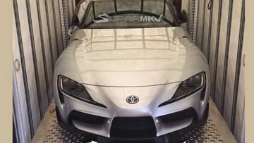 """Xe thể thao Toyota Supra 2020 lần đầu tiên """"hiện nguyên hình"""""""