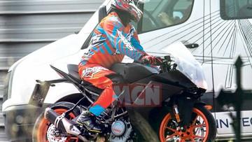 Lộ diện sport bike KTM RC 390 2020 với thiết kế hoàn toàn mới