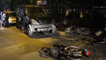 Hà Nội: Nữ tài xế say xỉn lái Lexus GX gây tai nạn liên hoàn khiến 6 người bị thương