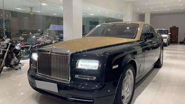Xe siêu sang Rolls-Royce Phantom Series II được rao bán tại một siêu thị ô tô ở Sài thành
