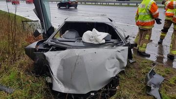 Lamborghini Aventador vỡ nát đầu xe trong tai nạn ngay trước ngày Giáng sinh