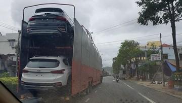 Bắt gặp Hyundai Santa Fe 2019 được vận chuyển đến đại lý trước ngày ra mắt Việt Nam