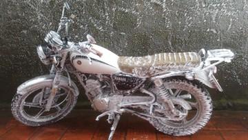 Nhiệt độ xuống thấp, hàng loạt ô tô xe máy trên đỉnh Mẫu Sơn đóng băng