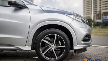 Vì sao nên bơm lốp ô tô căng hơn bình thường vào mùa đông?