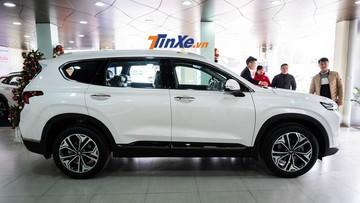 """Chóng mặt với """"ma trận"""" giá tiền phụ kiện của Hyundai Santa Fe 2019"""