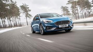 Ford Focus ST 2019 lộ diện với thiết kế mới hầm hố và động cơ mạnh mẽ hơn