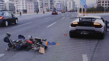 Thanh niên lái siêu xe Lamborghini Huracan ở tốc độ 160 km/h đâm văng 2 người đi xe máy