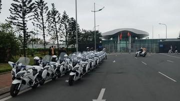 Sẵn sàng đón đoàn Mỹ - Triều, đội mô tô dẫn đoàn của cảnh sát Việt Nam có mặt sớm tại sân bay Nội Bài