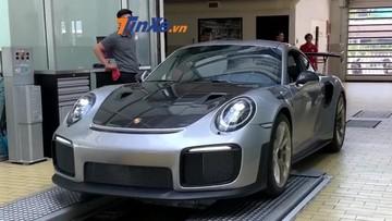 Hậu ly hôn nghìn tỷ đồng, Chủ tịch Trung Nguyên nhận bàn giao siêu xe Porsche 911 GT2 RS hơn 20 tỷ đồng
