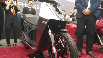 Lộ diện xe máy điện mới của Vinfast mang dáng vẻ thiết kế nam tính, có ABS