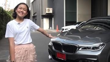 Khâm phục bé gái Thái Lan mới 12 tuổi đã kiếm đủ tiền mua BMW 7-Series cho gia đình