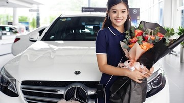 Ở tuổi 24, Hoàng Yến Chibi đã tậu Mercedes-Benz GLC 200 có giá 2 tỷ đồng