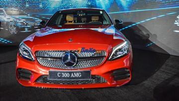 Giá xe Mercedes C300 mới nhất, cập nhật khuyến mãi tháng 9/2019