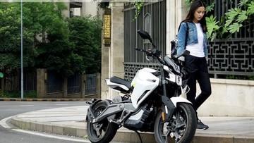 Hãng xe Trung Quốc ra mắt xe máy điện nặng hơn 100kg, tốc độ tối đa 100km/h