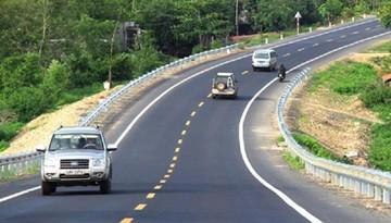Hiểu đúng về lỗi vượt phải khi tham gia giao thông tại Việt Nam
