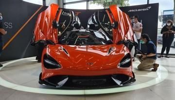 Hết Singapore đến lượt các đại gia Malaysia được diện kiến siêu xe hàng hiếm McLaren 765LT
