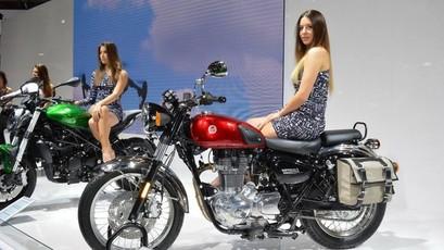 Cận cảnh xế cổ điển Benelli Imperiale 400 sắp về Việt Nam