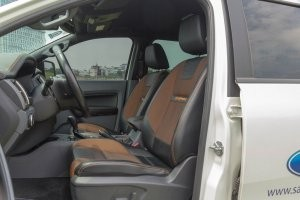 Thiết kế hàng ghế trước của Ford Ranger 2016