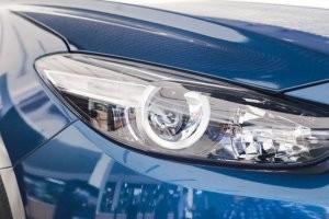 Trang bị đèn chiếu sáng của Mazda 3 2017