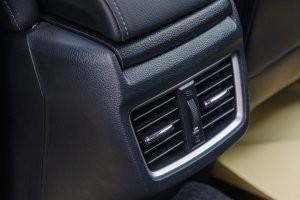 Trang bị hốc gió trên Honda Civic 2017