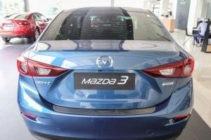 Đuôi xe của Mazda 3 2017