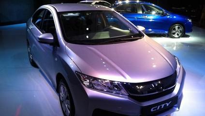Honda City 2017 và Toyota Vios 2017 cạnh tranh