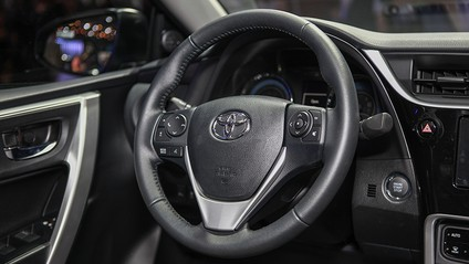 vô-lăng Toyota Corolla Altis 2017