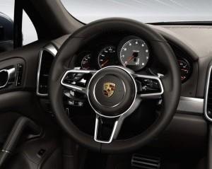 vô-lăng Porsche Cayenne 2017