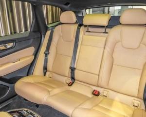 hàng ghế sau của Volvo XC60 2018
