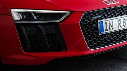 cụm đèn chiếu sáng của Audi R8 2017