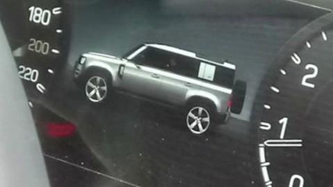 """Xe việt dã Land Rover Defender 2020 bất ngờ bị lộ """"ảnh nóng"""""""