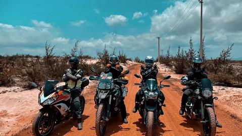Loạt phương pháp giúp biker hạ nhiệt khi chạy xe phân khối lớn đi tour trong những ngày hè rực lửa