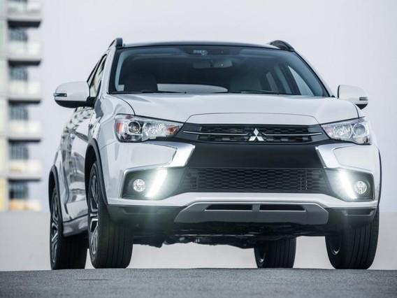 Đánh giá xe Mitsubishi Outlander 2017: Cải tiến để đánh bại Honda CR-V