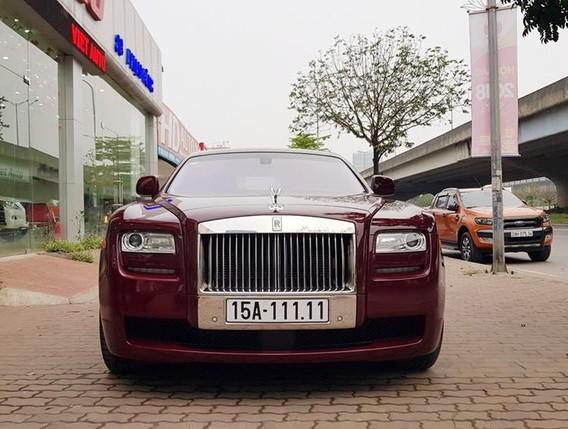 Chiếc Rolls-Royce Ghost từng thuộc sở hữu của đại gia đất Cảng đang được rao bán 11,5 tỷ Đồng