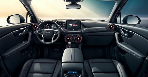 SUV 7 chỗ Chevrolet Blazer 2021 lộ nội thất rộng rãi, phả ...
