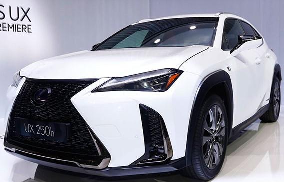 Đánh giá nhanh UX 2019 - crossover hạng sang mới nhất và nhỏ nhất của Lexus